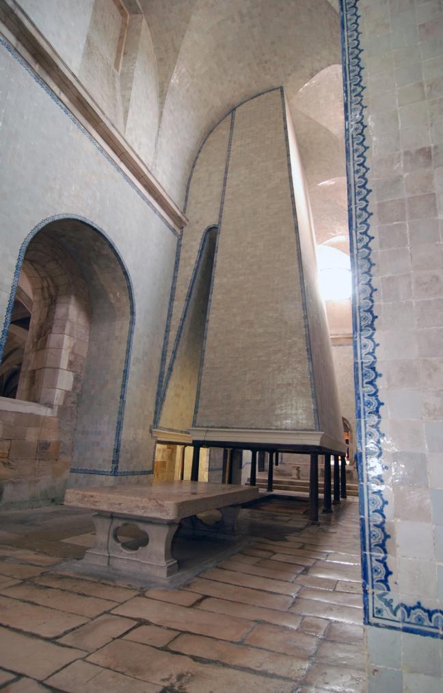 04 Keuken van het Mosteiro de Alcobaça verkleind