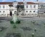 De fontein met kikker van Bordalle Pinheiro in Caldas da Rainha