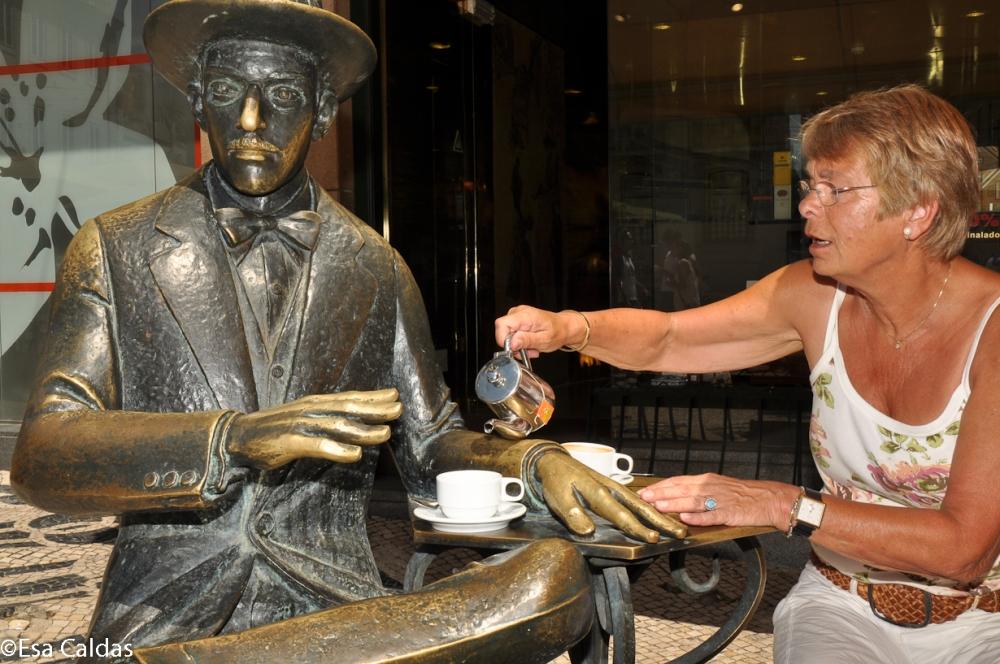 Op de thee bij Pessoa