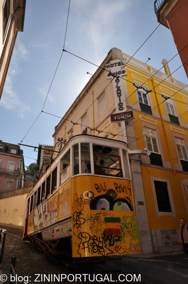 Gele trammetje